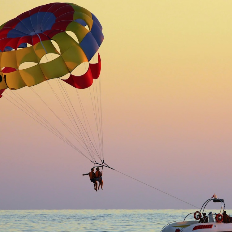TripShock -SKY HIGH KEY WEST PARASAILING AT ROCK BOTTOM PRICES
